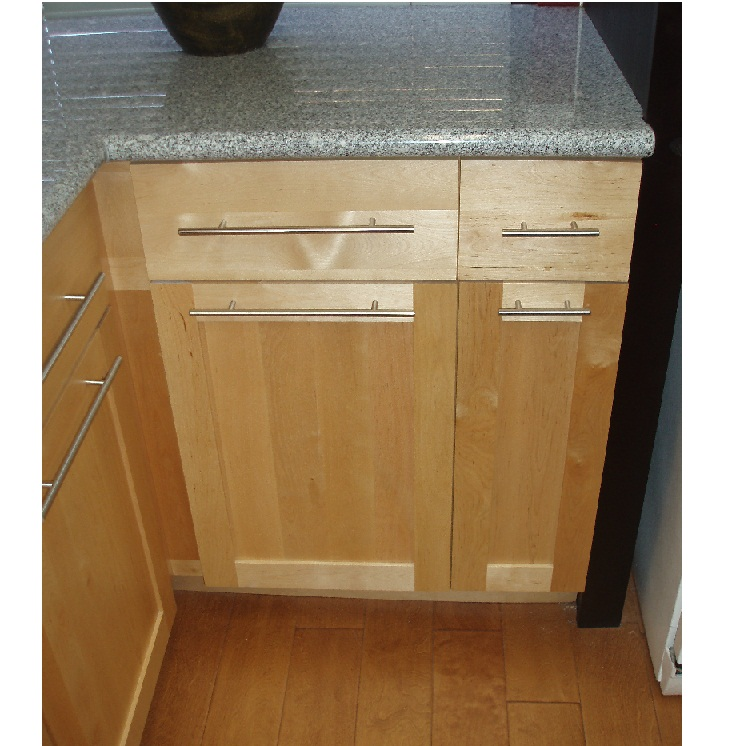 Birch shaker cabinets the image kid has it for Birch vs maple kitchen cabinets