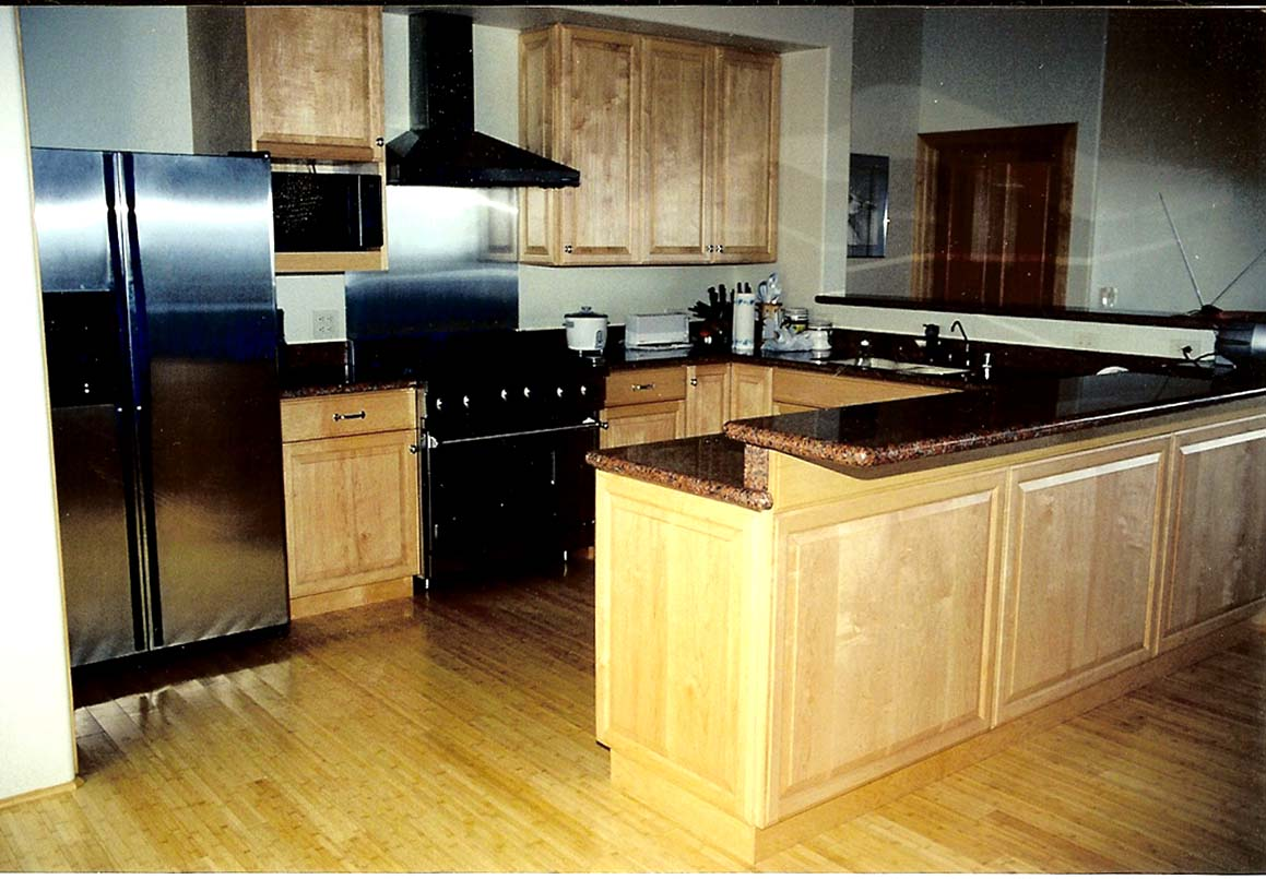 Images of maple cabinet kitchens home design and decor for Kitchen kitchen cabinets