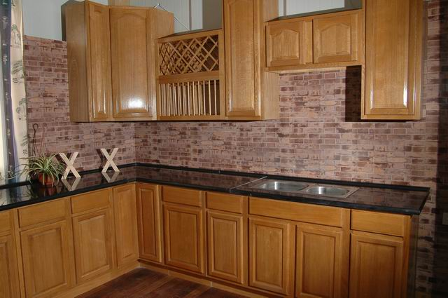 Beige Kitchen With Oak Cabinets – Quicua.Com