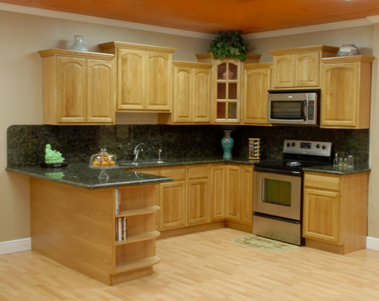 Oak Kitchen Cabinets Kitchens With Oak Cabinets Brilliant On Kitchen And Decorating Oak Cabinets