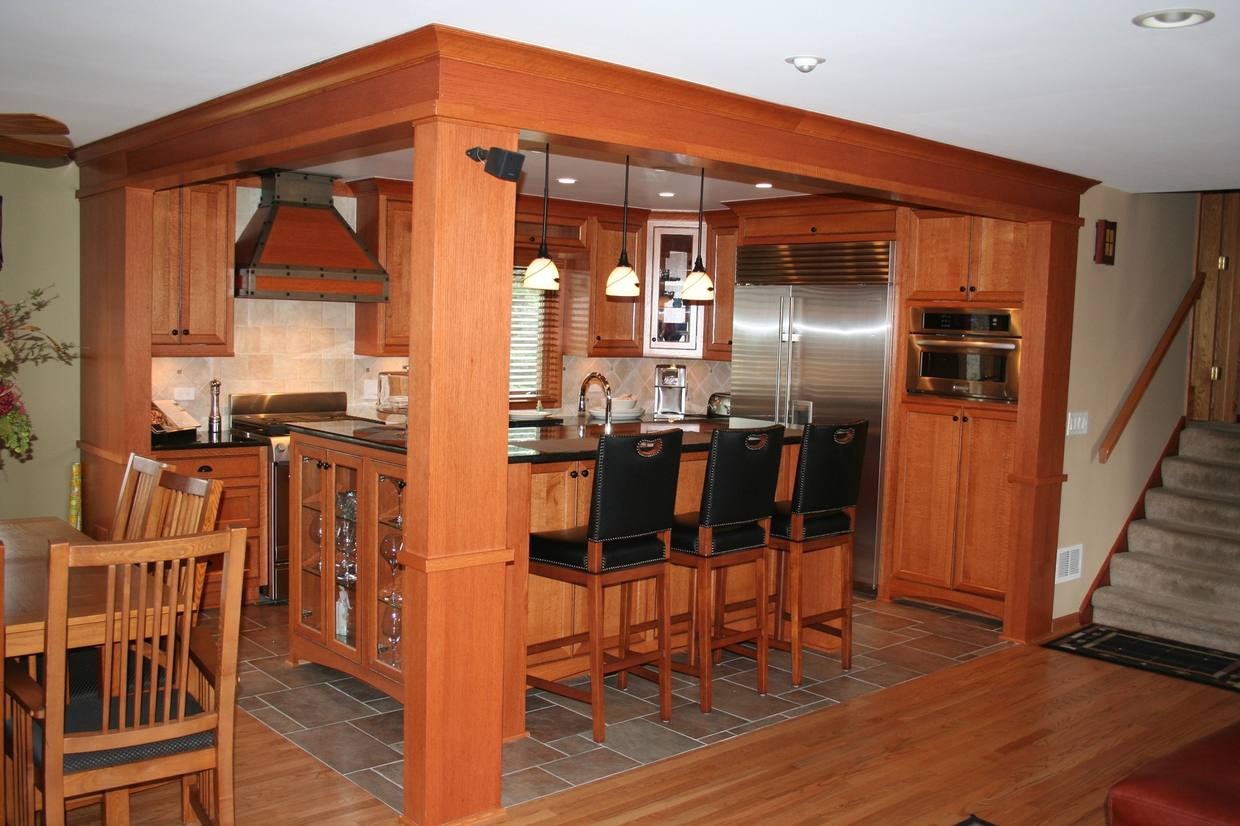 Sawn Oak Kitchen Cabinets