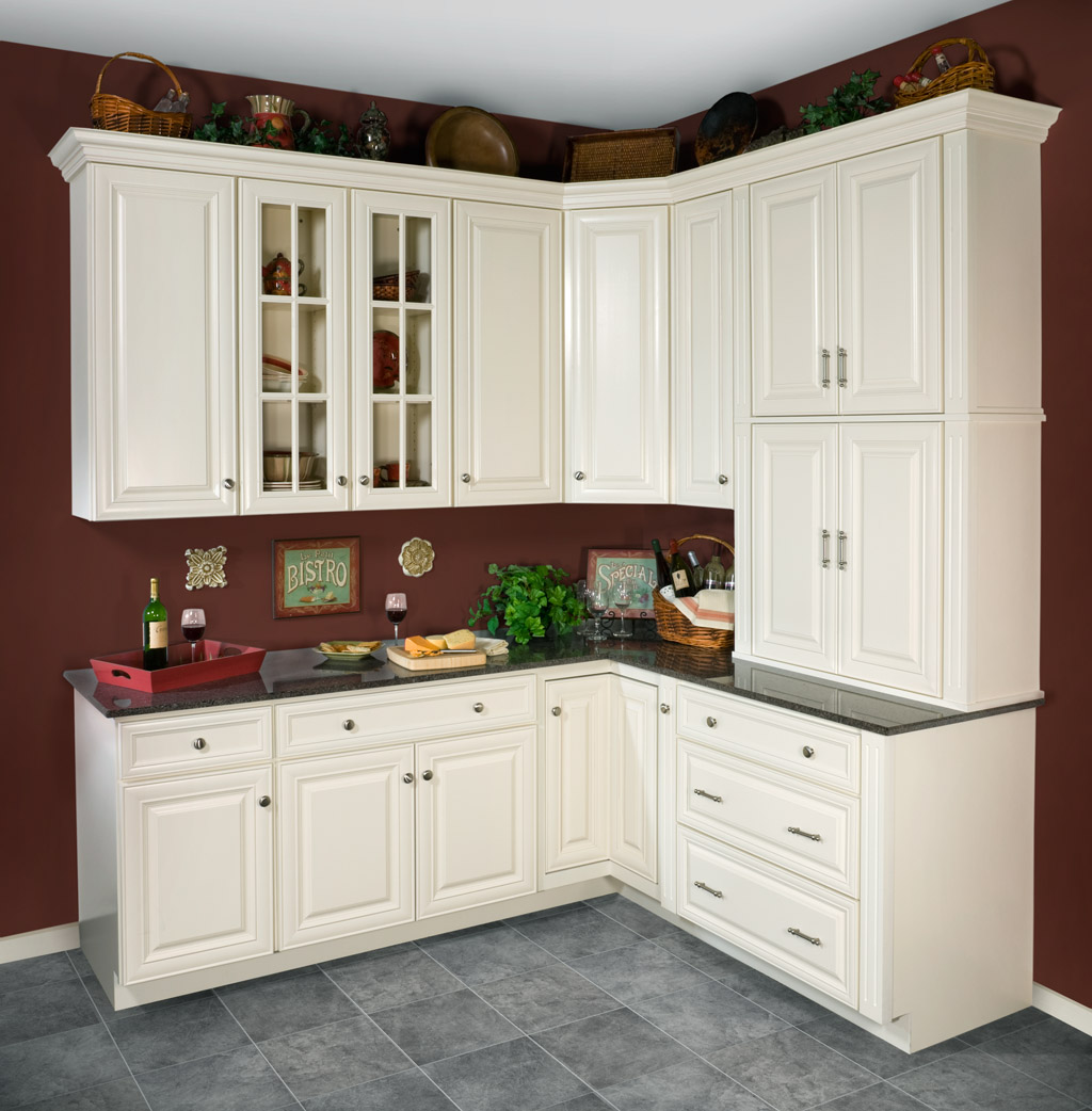 Kitchen Cabinets: Kitchen & Bathroom Design Center